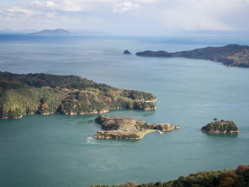 展望台から見た島の風景