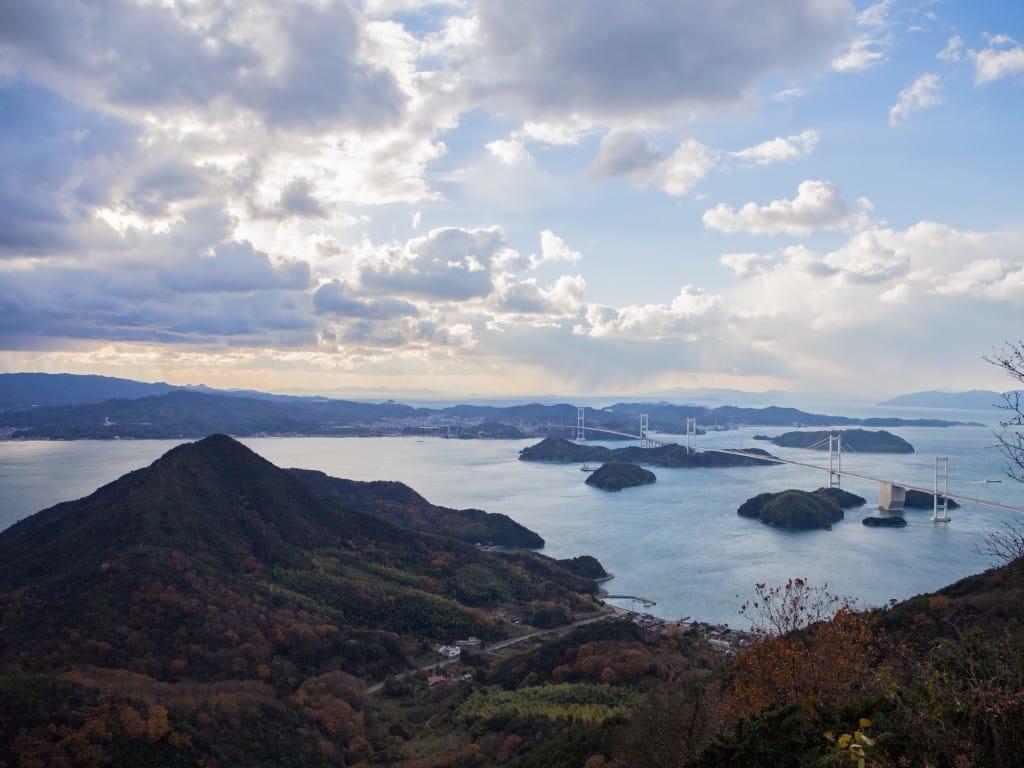 亀老山展望台景色