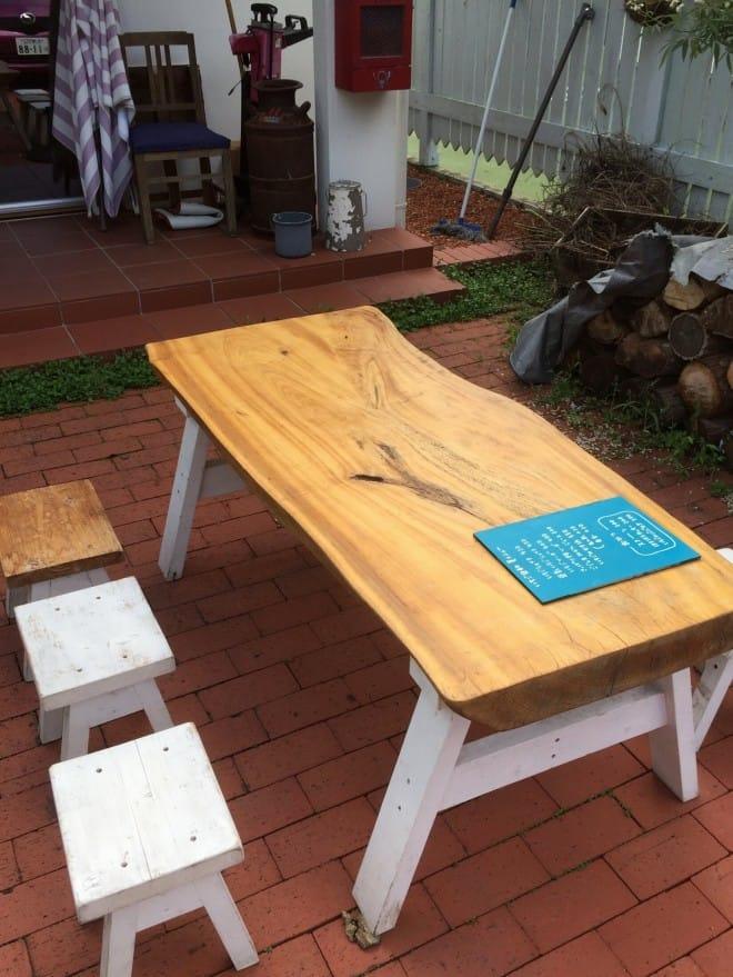いちご日和外テーブル