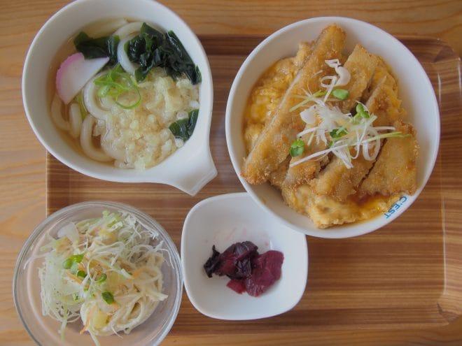 ドン☆ぶり屋サービス定食1