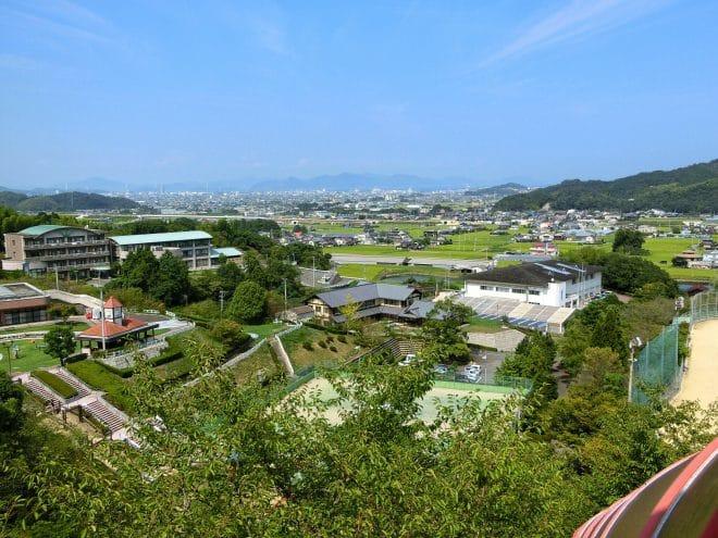 滑り台より遠景/朝倉緑のふるさと公園