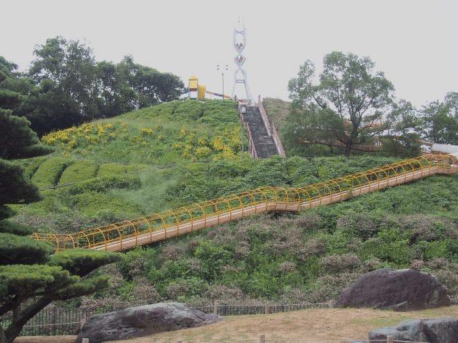 やまじ風公園巨大滑り台6