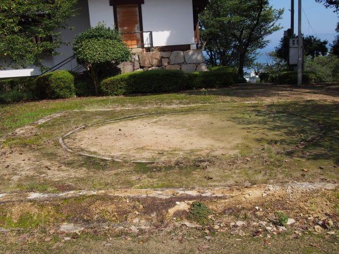川之江城涼櫓相撲台