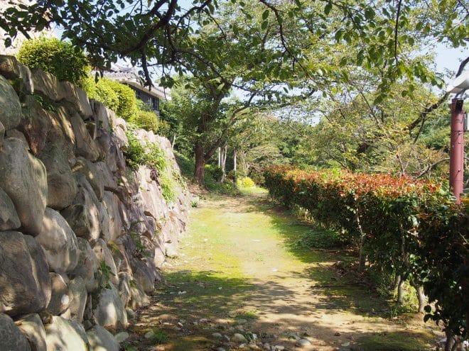 川之江城城山公園遊歩道2