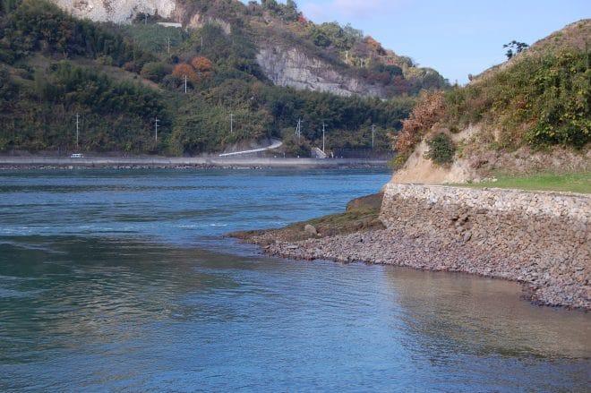 能島 石垣