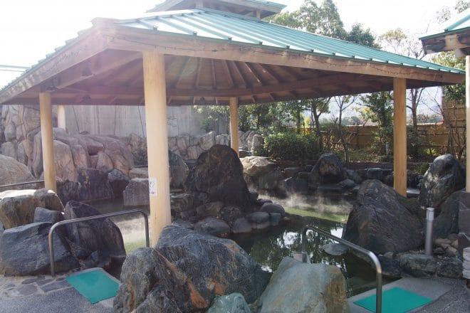 利楽岩風呂(男湯)
