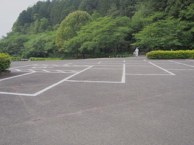 池田池公園駐車場3