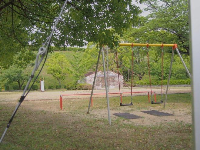 池田池公園児童広場1
