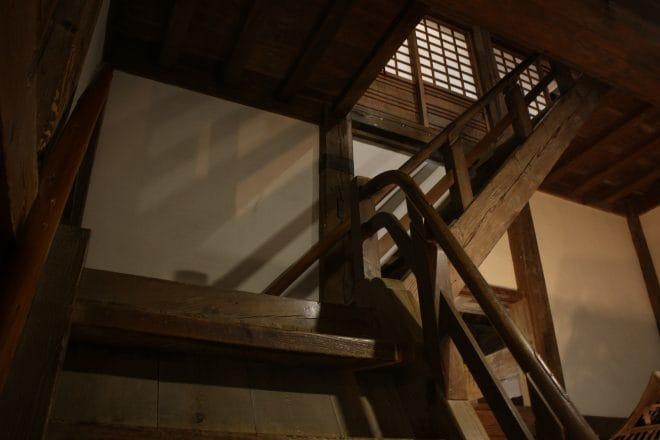 宇和島城階段