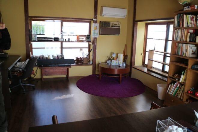 公園裏食堂の奥の部屋1