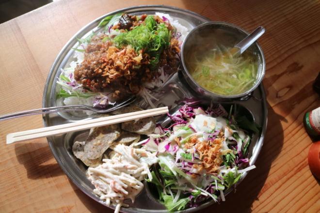 道後温泉裏食堂台湾風ナスとひき肉のそぼろ丼