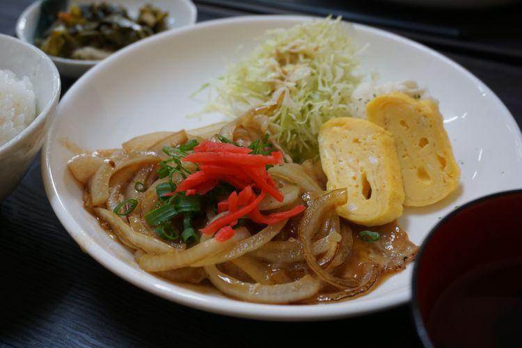 ともぢ 生姜焼き定食