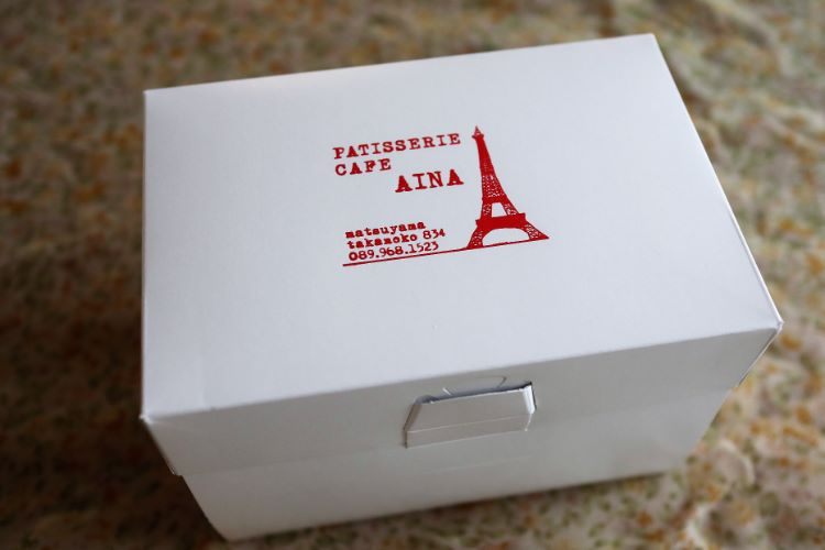 AINA ケーキ箱
