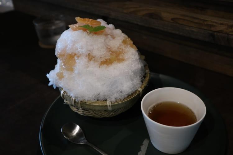 内子晴れ 桃のかき氷
