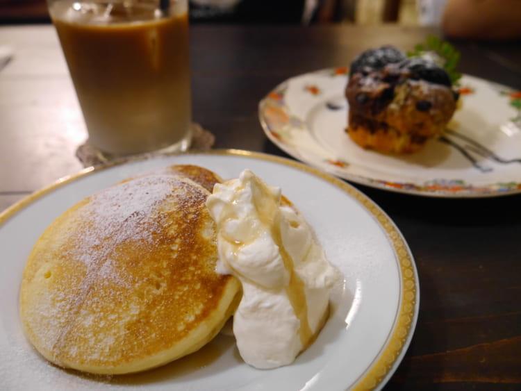 Salut サリュの特製パンケーキのアップ