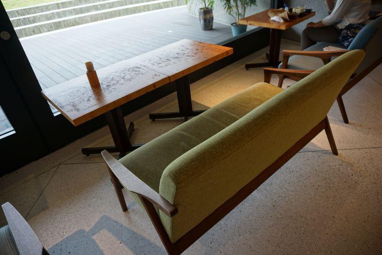 レッドコッパー 座席1