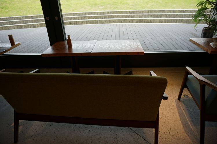 レッドコッパー 座席2