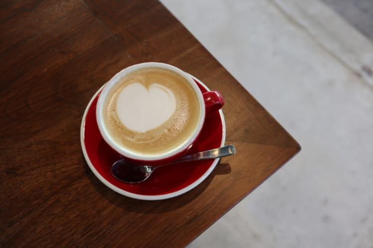 ユノマコーヒーカフェラテ
