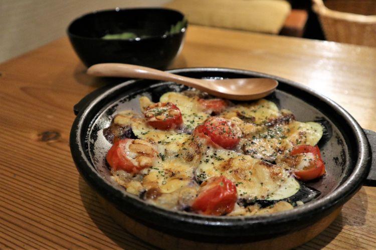 神楽 茄子とトマトのチーズ焼き2