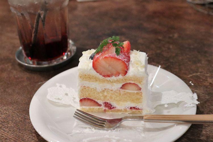 grays いちごケーキ5