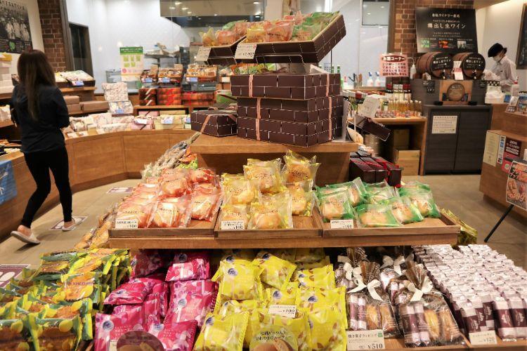 シャトレーゼ 焼き菓子コーナー6