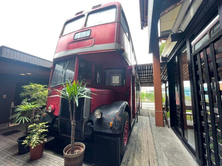 サイサイカフェ バス1