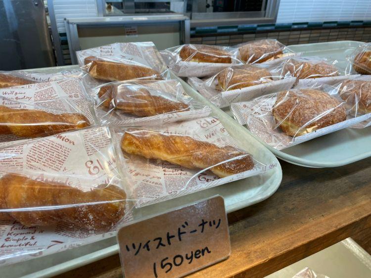 サイサイカフェ パン売り場3