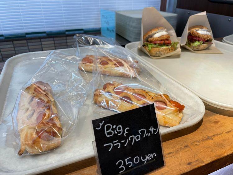 サイサイカフェ パン売り場4