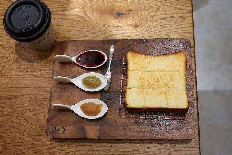 嵜本 トーストセット3