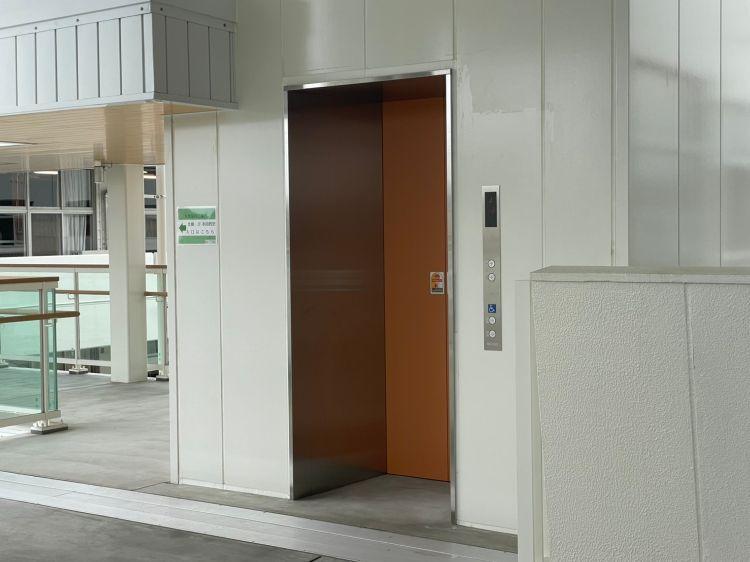 ワクリエ エレベーター