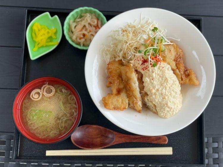 若宮食堂 チキン南蛮丼1