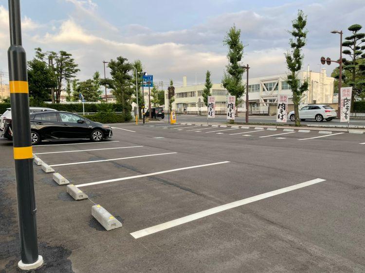 丸源 駐車場2