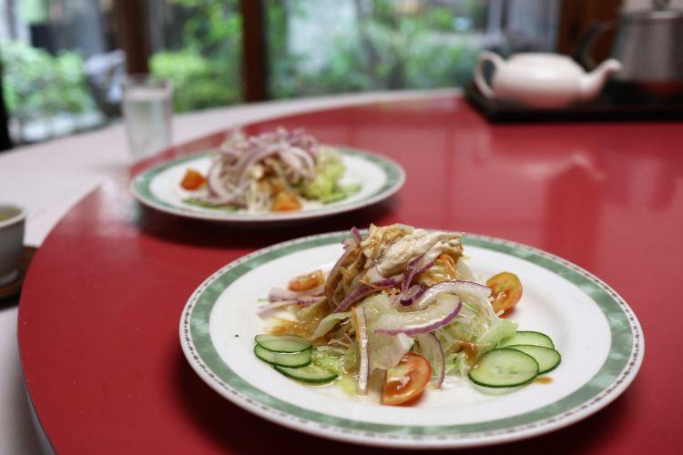 大岩 サラダ前菜3