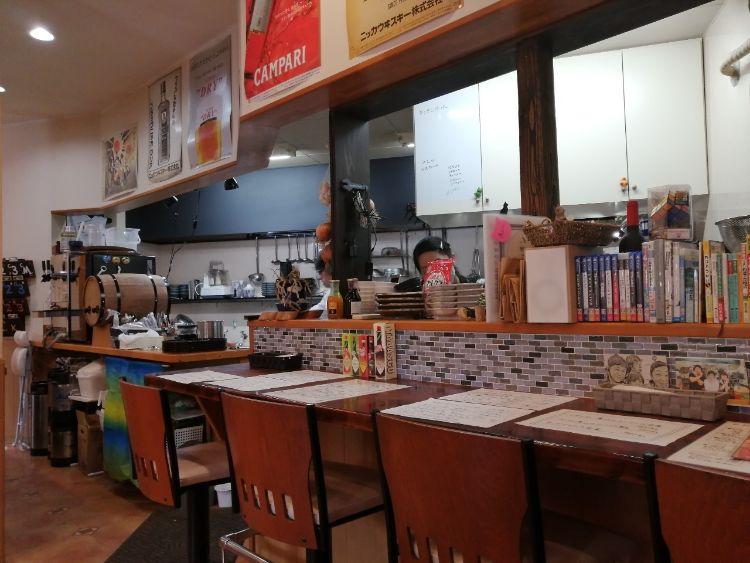 大衆食堂のんのキッチン店内3