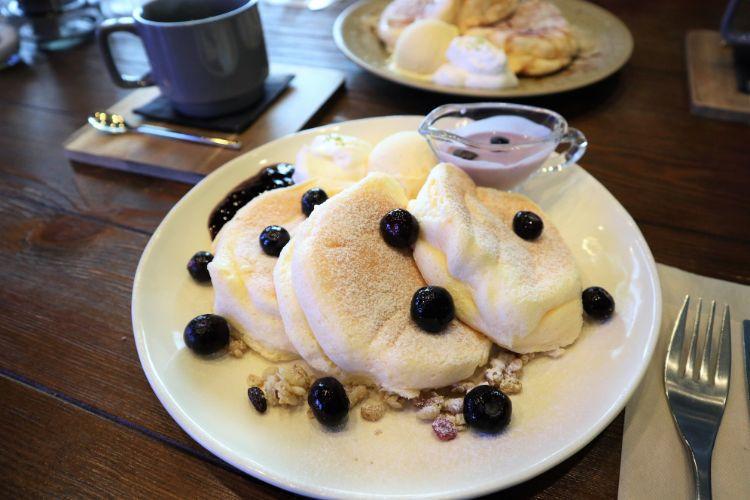 アメリ ブルーベリークリームチーズパンケーキ1