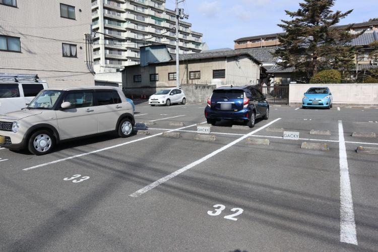 ガッキー 駐車場