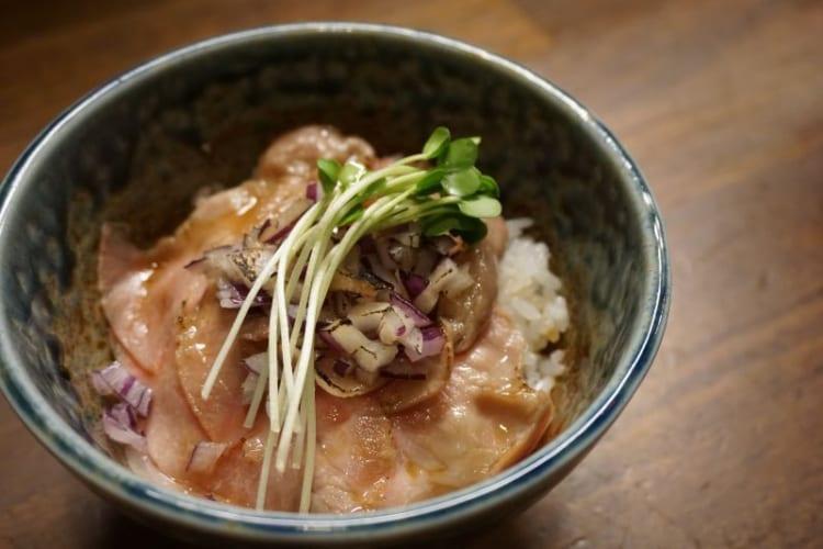 カム チャーシュー丼2