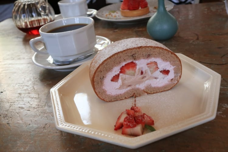 ridi いちごのロールケーキ