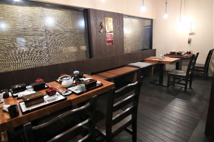 小椋 テーブル席2