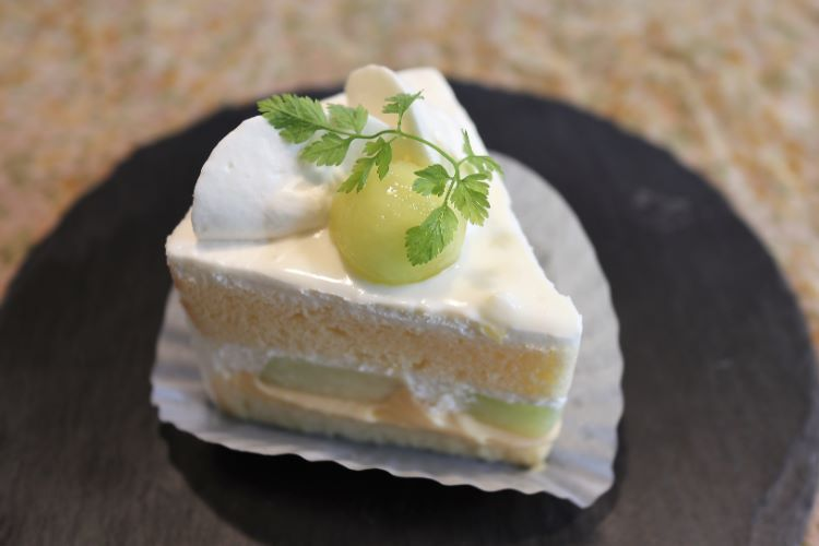 べる ケーキ2