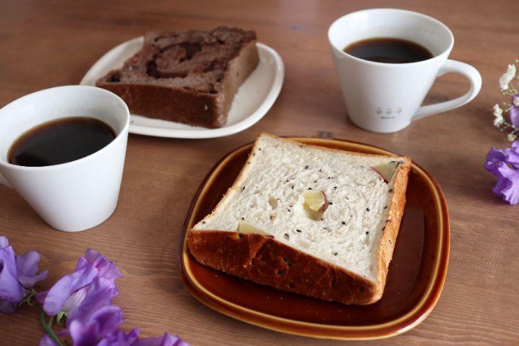 一本堂 食パンとコーヒー