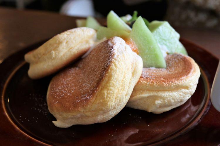 モリカフェ メロンとカスタードのパンケーキ3