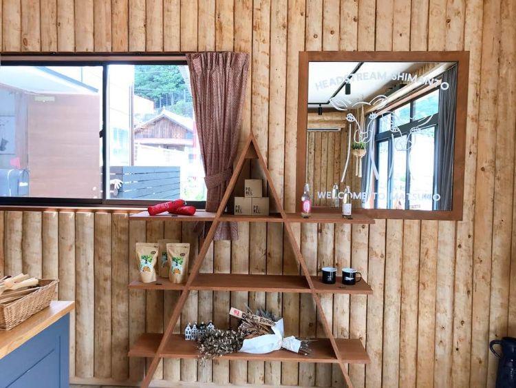 森とパン 販売コーナー
