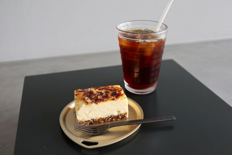ピースフル コーヒーとチーズケーキ2