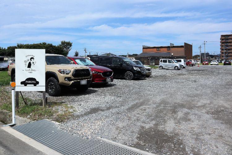 ビエル 駐車場