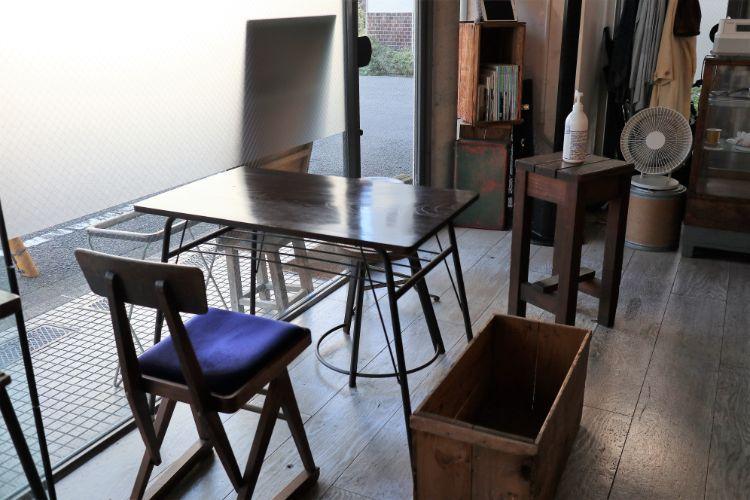 凸凹舎 2名掛けテーブル