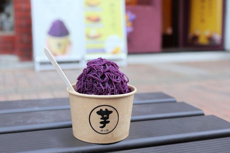 芋ぴっぴ 1mm絹糸の紫芋のアイス1