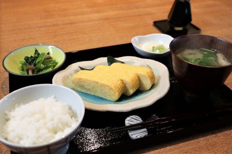 前田食研 だし巻き玉子定食2
