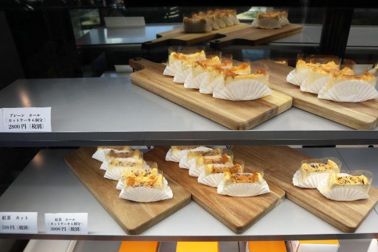 ストーリーオブチーズケーキ ショーケース1