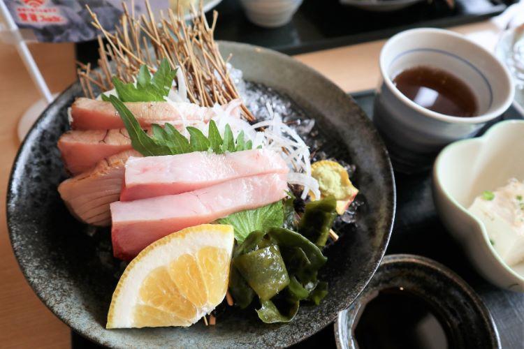 ゆらり内海 媛スマの炙りと刺身御膳2